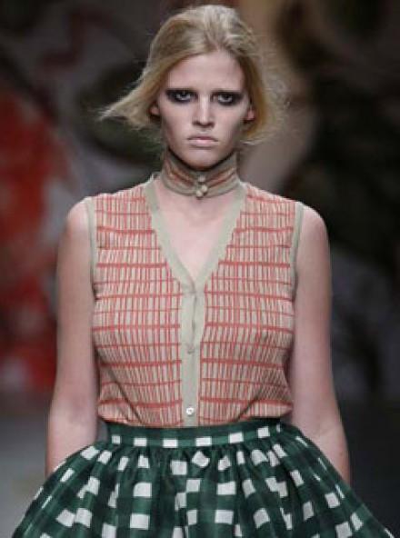 Prada use bigger models on Milan catwalk