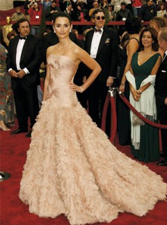 Penelope Cruz at the 2007 Oscars