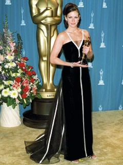 Julia Roberts at the 2001 Oscars