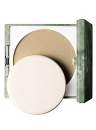 Marie Claire Beauty: Clinique Almost Powder SPF 15