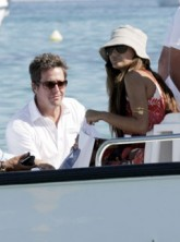 Marie Claire Celebrity News: Hugh Grant and Catherine Fulmer