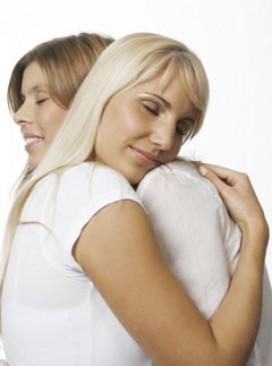 Marie Claire Lifestyle News: Friends hugging
