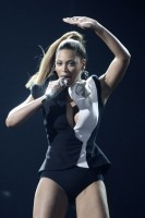 Marie Claire Celebrity Photos: American Music Awards, Beyonce