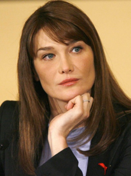 Carla Bruni has allowed a British film-maker's cameras into her home, to give a revealing insight into her private life with French President, ... - Carla-Bruni---LP