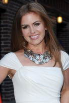Isla Fisher, Celebrity Style Spy, celebrity photos, Marie Claire