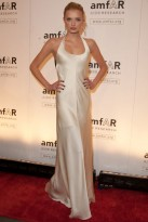 Lily-Donaldson-13 Feb 2009-Amfar-Celebrity Photos