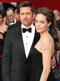 Brad Pitt and Angelina Jolie at the Oscars 2009