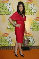 America-Ferrera-Nickelodeon's 2009 Kids' Choice Awards-Celebrity Photos-30-March 2009