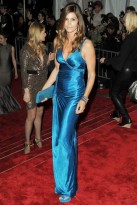 Cindy-Crawford-Costume Institute Gala 2009-Celebrity Photos-5 May 2009
