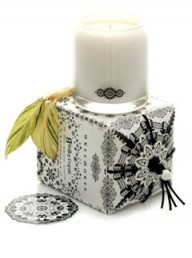 Akeewakee Ginger Citron Candle