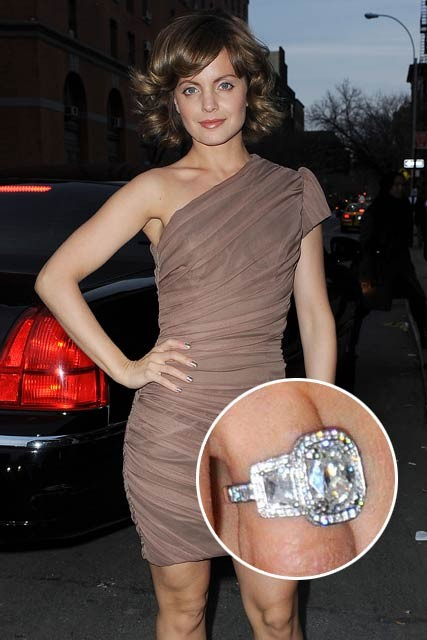Mena-Suvari-Celebrity Photos-Engagement Rings