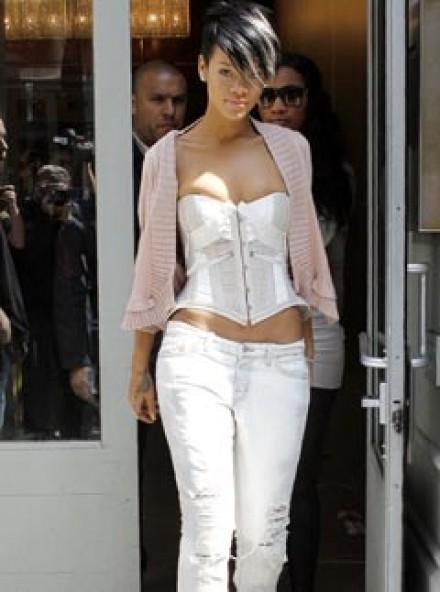 Rihanna - Celebrit News - Marie Claire