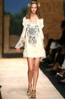 Diane Von Furstenburg Spring/Summer 2010 - New York Fashion Week - Marie Claire