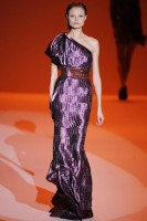 Carolina Herrera S/S 2010 - New York Fashion Week - Marie Claire