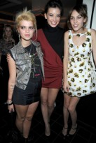 Pixie Geldof-Daisy Lowe-and-Alexa Chung-London Fashion Week-Celebrity Photos-22 September 2009