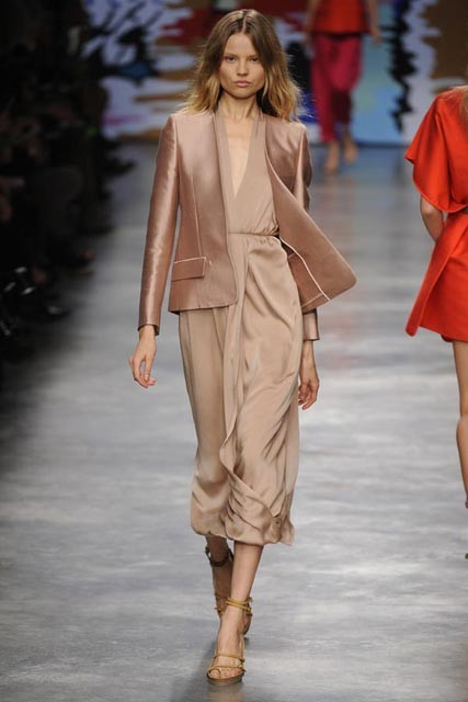 Stella McCartney Spring/Summer 2010 - Paris Fashion Week - Marie Claire