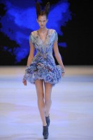 Alexander McQueen Spring/Summer 2010 - Paris Fashion Week - Marie Claire