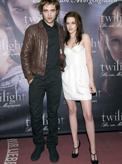 10 Best Kristen Stewart Style Moments: Robert Pattinson