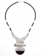 "jump for timbuktu, Sterling Silver and Black Agate Necklace ""Houmeyni"""