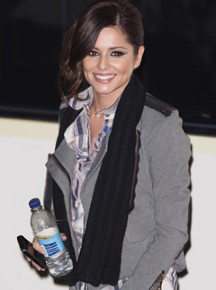 Cheryl Cole asks fans to help her win Brit Award