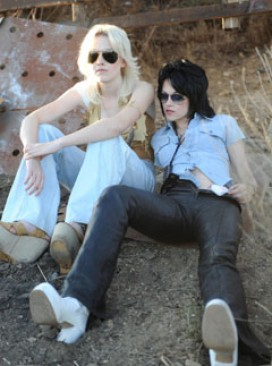 Dakota Fanning Kristen Stewart The Runaways - Watch Cherry Bomb official music video - Marie Claire