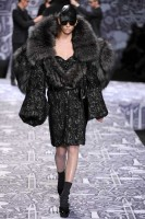Viktor &amp; Rolf Autumn/Winter 2010, Paris Fashion Week