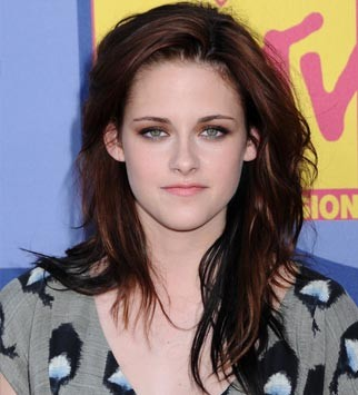 Kristen Stewart Hair and Beauty Moments