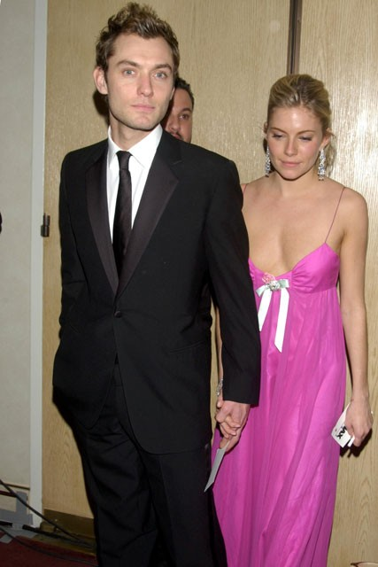 Jude Law &amp; Sienna Miller - Best Jude Law and Sienna MIller moments - Celebrity - Marie Claire