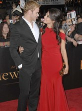Ashley Greene and Kellan Lutz - Twilight Director: Kellan and Ashley pay dispute 'could turn ugly' - Twilight - Celebrity News - Marie Claire