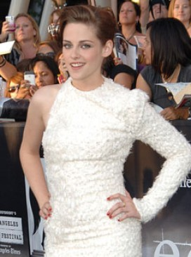 Kristen Stewart leads the pale and interesting pack at Twilight Eclipse LA premirer