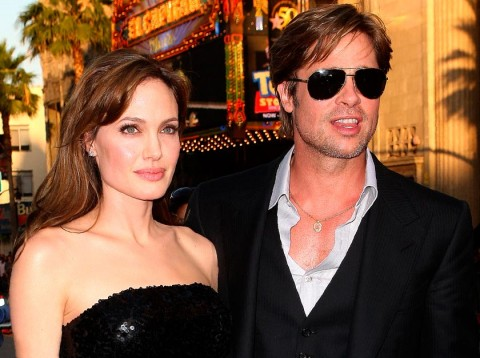 Brad-Pitt-and-Angelina-Jolie-Salt Premiere-Celebrity Photos-20 July 2010
