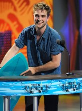 Robert Pattinson - Twilight wins big at Teen Choice Awards - Teen Choice Awards - Teen Choice Awards Winners - Taylor Lautner - Twilight - Eclipse - Breaking Dawn - Kristen Stewart - Robert Pattinson and Kristen Stewart - Celebrity News - Marie Claire