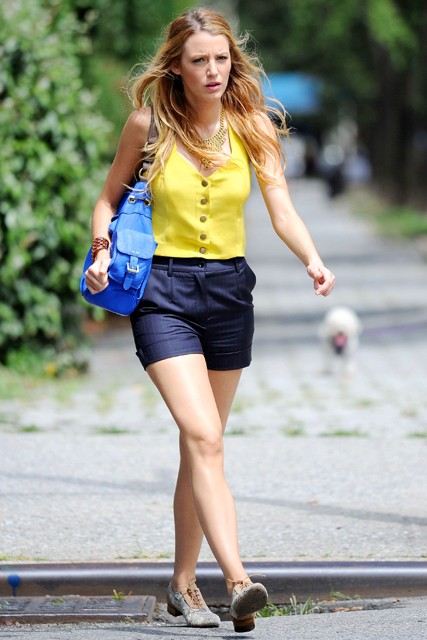 Blake Lively - Gossip Girl Season Four set - Filming, see, pics, pictures, fashion, style, celebrity, sneak peek, preview, TV, television, series, 4, Marie Claire