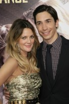 Drew Barrymore and Justin Long - Going the Distance premiere, LA - Hollywood, red carpet, see, pics, pictures, Drew Barrymore, Justin Long, couple, long-distance, celebrity, news, gossip, Marie Claire