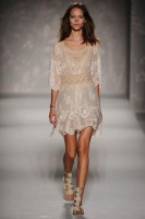 Alberta Ferretti Spring/Summer 2011 Milan Fashion Week