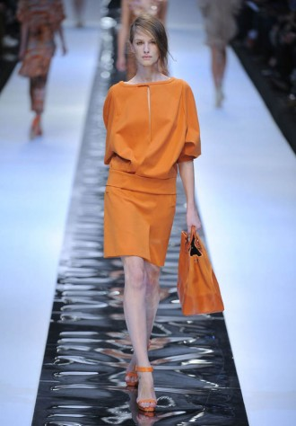 Guy Laroche Spring/Summer 2011 Paris Fashion Week