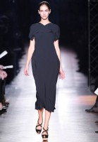 Roland Mouret Spring/Summer 2011 Paris Fashion Week