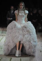 Alexander McQueen Spring/Summer 2011 Paris Fashion Week