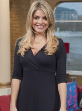 Holly Willoughby - Holly Willoughby Pregnant - Celebrity News - Marie Claire