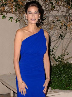 Teri Hatcher - Teri Hatcher Quitting Desperate Housewives? - Desperate Housewives - Celebrity News - Marie Claire