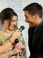 Anne Hathaway and Jake Gyllenhaal at the Love & Other Drugs premiere