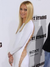 Gwyneth Paltrow at the Country Strong premiere