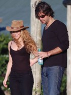 Shakira and Antonio De La Rua - Pop star Shakira and Colombian boyfriend split - Celebrity splits 2011 - Celebrity News - Marie Claire