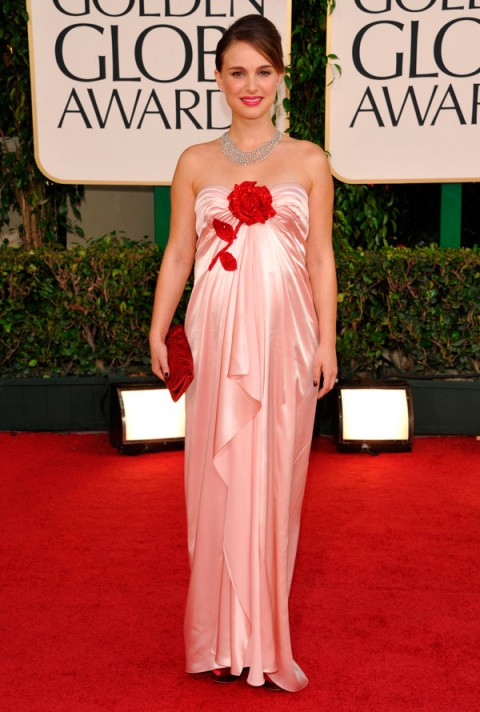 Natalie-Portman-The Golden Globes 2011-Celebrity Photos-16 January 2011