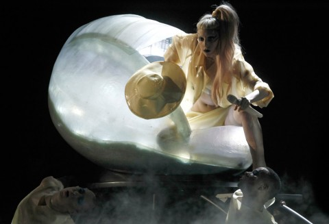 Lady Gaga - Grammys 2010 - Performance, on-stage, see, pics, pictures, The Grammy Awards, Marie Claire
