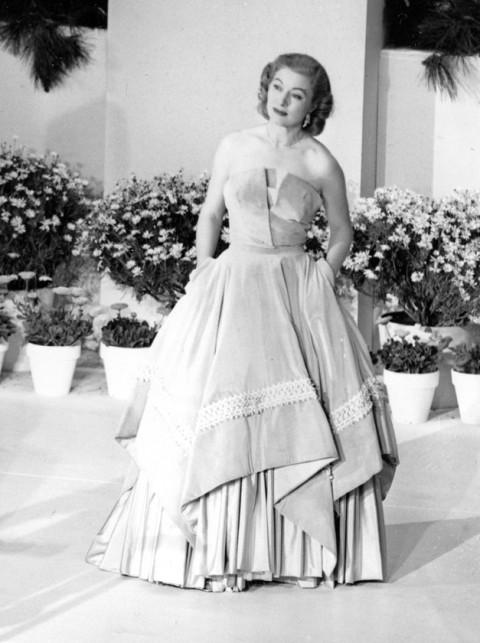 Greer Garson - Amazing Oscar Facts - The Oscars - Oscars 2011 - Oscar Winners - Celebrity - Marie Claire - Marie Claire