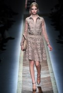 Valentino Autumn Winter 2011 paris fashion Week Catwalk Photos