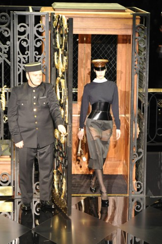 Louis Vuitton autumn/winter 2011 - Paris Fashion Week