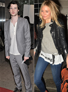 r patz dating Christiansø