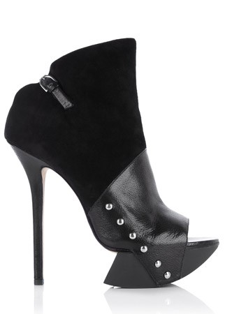 10 Best Statement Shoes - Marie Claire - Mywardrobe.com